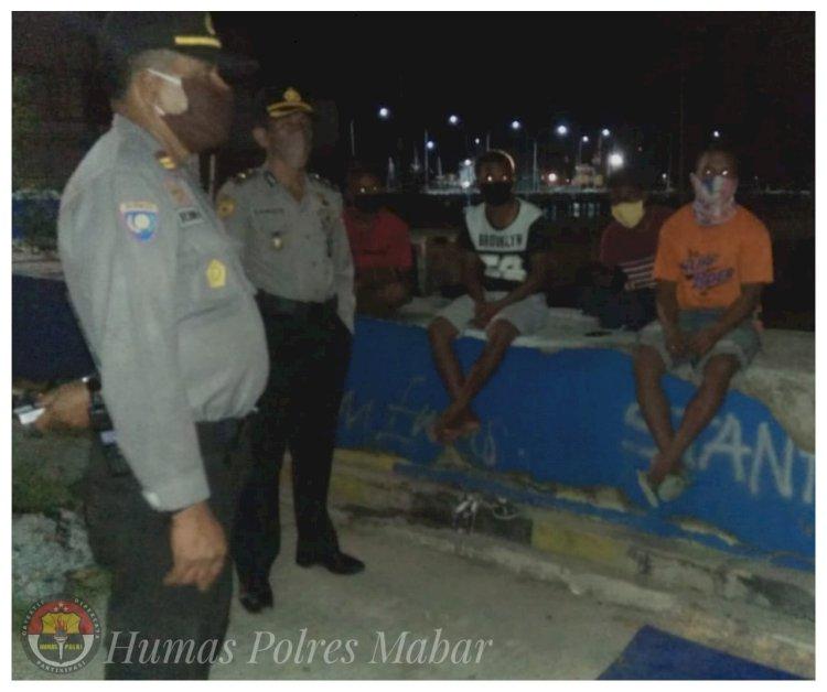 Polres Mabar Polda NTT Gelar Patroli Ops Aman Nusa II Penanganan Covid-19