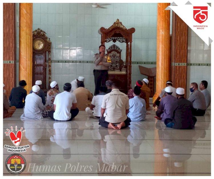 Beri Himbauan di Masjid, Waka Polres Mabar Ajak Masyarakat Jaga Kamtibmas dan Ikuti Protokol Kesehatan