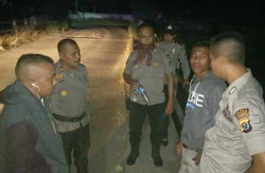 Panik Lihat Tim Patroli Polres Mabar, Pemuda Diamankan Saat Berusaha Kabur