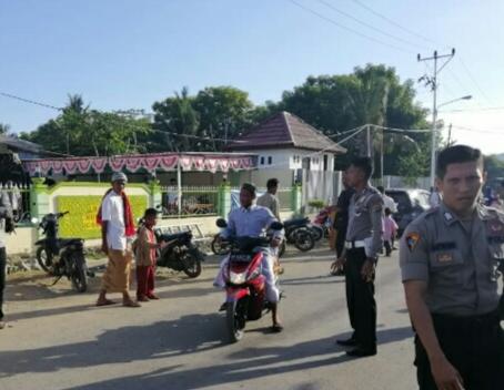 Puluhan Personel Polres Laksanakan Pengamanan Sholat Idul Fitri 2019 di 6 Titik Lokasi Ibadah
