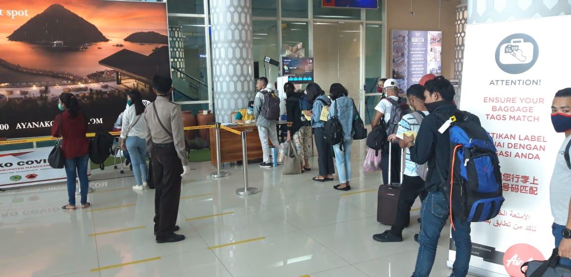 Antisipasi Corona Polisi Perketat Keamanan Di Bandara